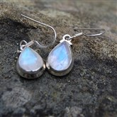 (SG2) Moonstone Silver Earrings